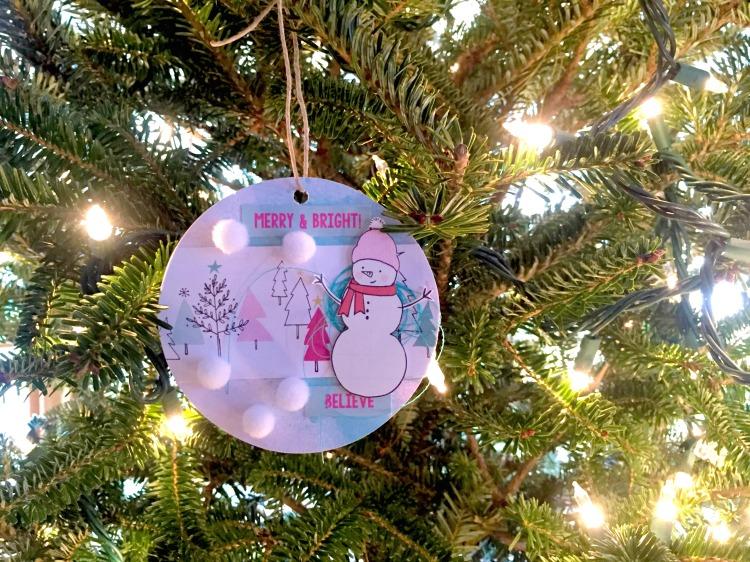 ornaments-tree1